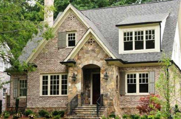 How Does Escrow Work When Selling a Jacksonville House